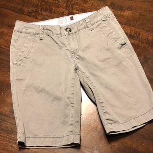 Juniors So Shorts Sz 1